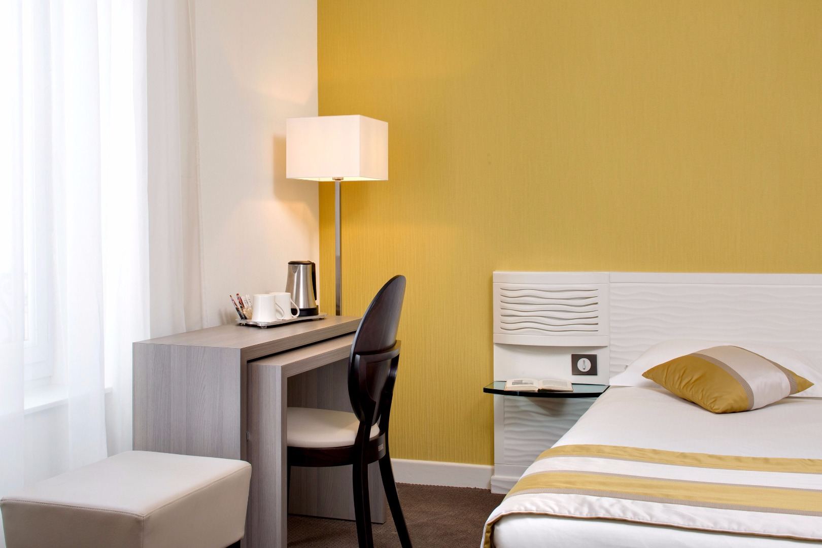 arverna citotel vichy top les htels proximit de arverna citotel vichy with arverna citotel. Black Bedroom Furniture Sets. Home Design Ideas