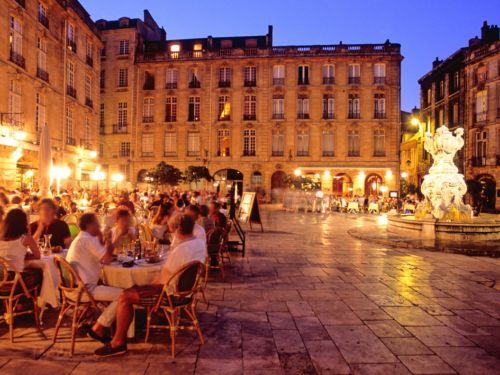 restaurant by night bordeaux