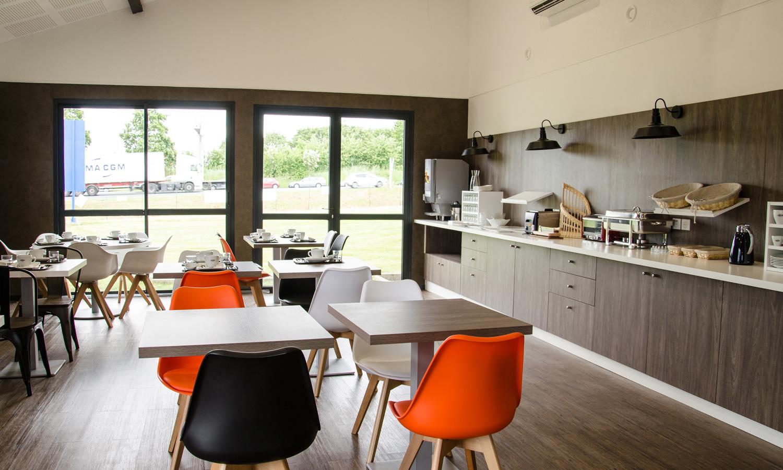 comfort hotel agen le passage official website. Black Bedroom Furniture Sets. Home Design Ideas
