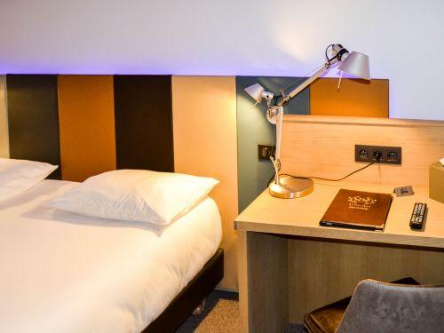 harlay hotel compiegne chambre pmr 21 1