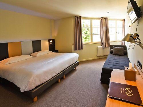 harlay hotel compiegne chambre triple 15 1