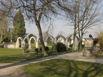 Compiegne 60 parc Songeons   vestiges du couvent des Jacobins 5