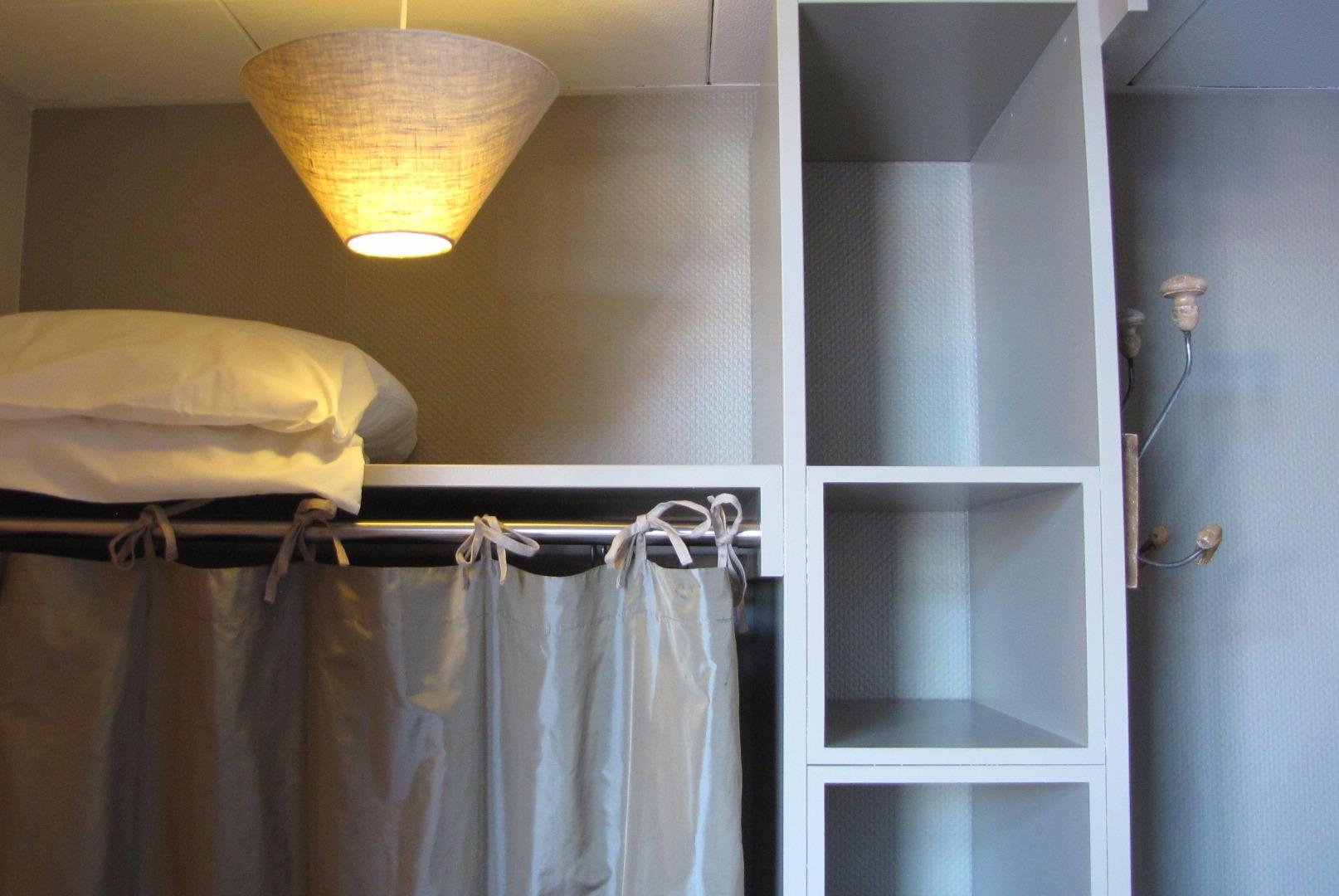 hotel spa toulouse. Black Bedroom Furniture Sets. Home Design Ideas