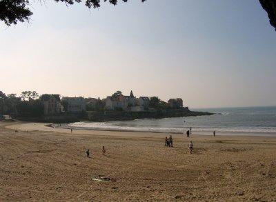 hotel Saint Palais sur Mer.  la plage 1