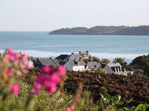 Langueux Plages, Baie et Village