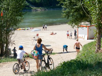 Marmande Beach and water sports
