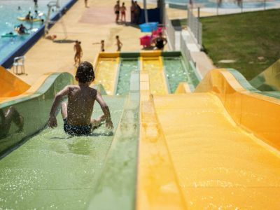 4 Swimming pools in Val de Garonne