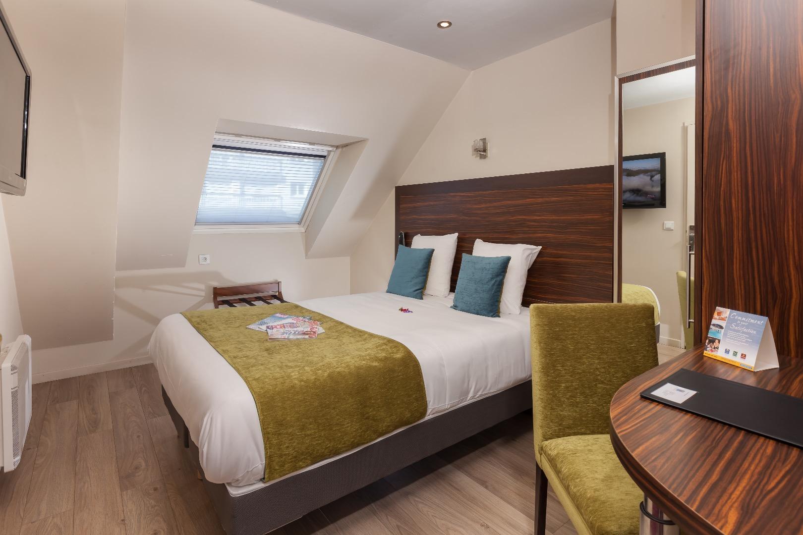 comfort hotel lamarck montmartre paris 18 site officiel. Black Bedroom Furniture Sets. Home Design Ideas