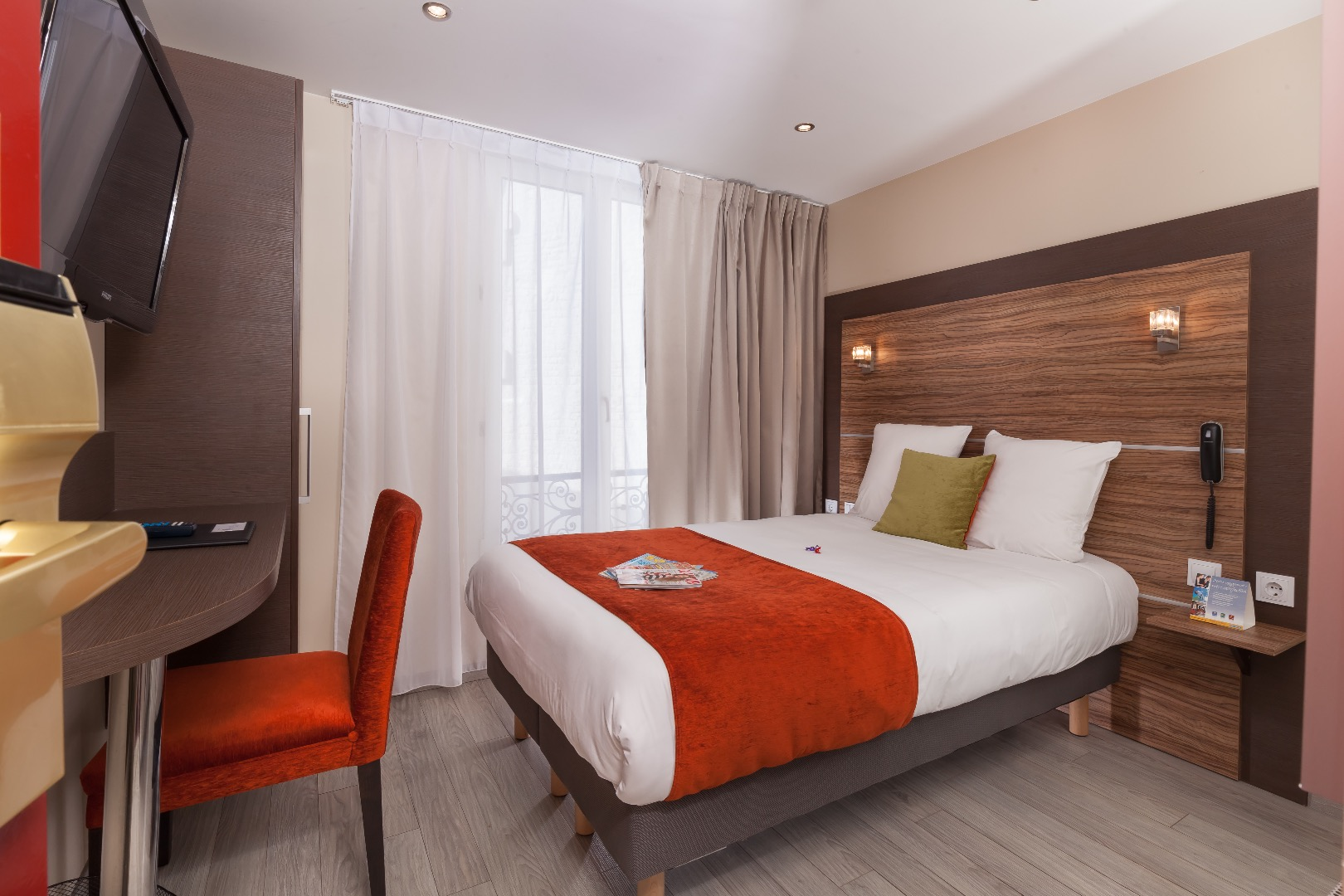 Hotel Rue Marcadet Paris