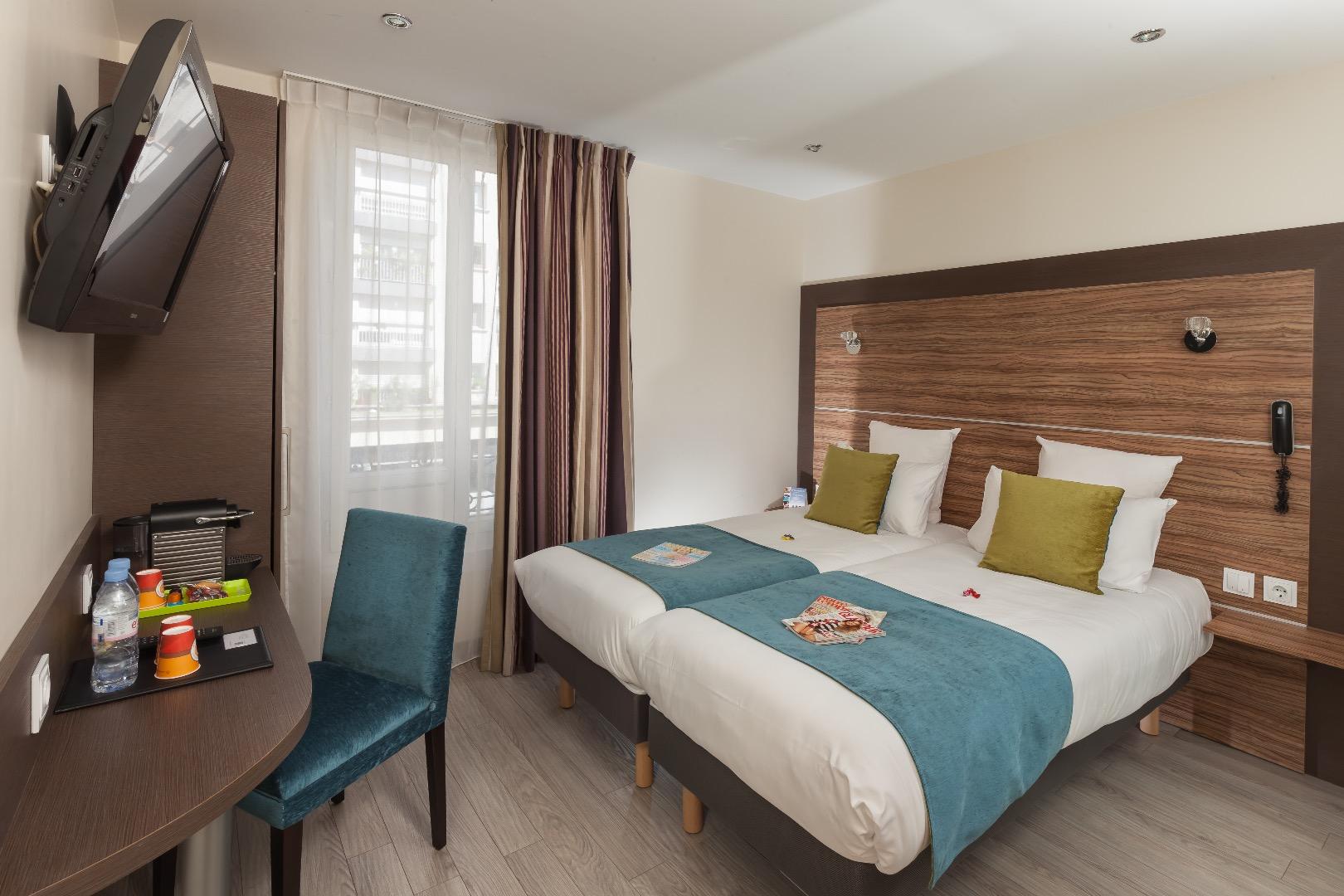 reservation hôtel paris 75018