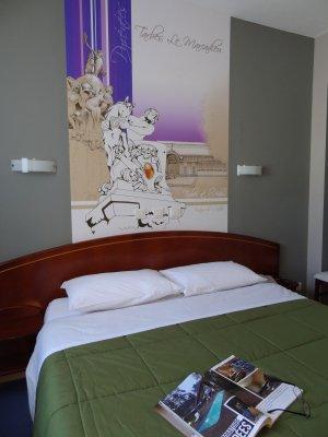 LAST MINUTE  ! RESERVEZ EN DIRECT 05 62 93 03 64  Votre chambre confort au meilleur prix , avec balcon  ou sur fenêtre cour