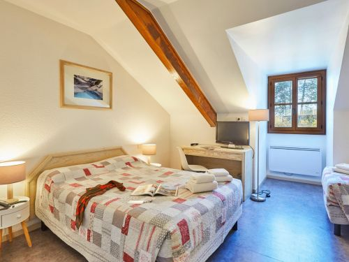 National hotel cluses haute savoie 27 fliped