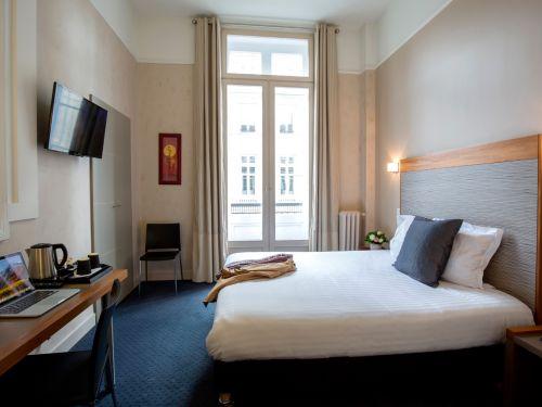Chambre classique hotel de normandie bordeaux 1