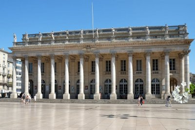 hotel proche grand theatre Bordeaux
