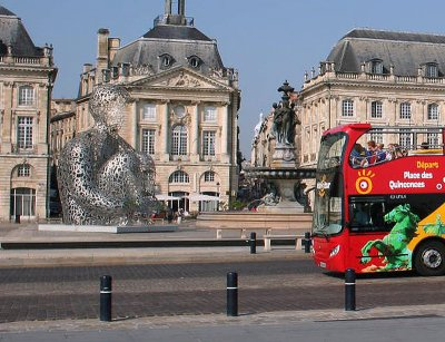 visite guidee bordeaux en bus