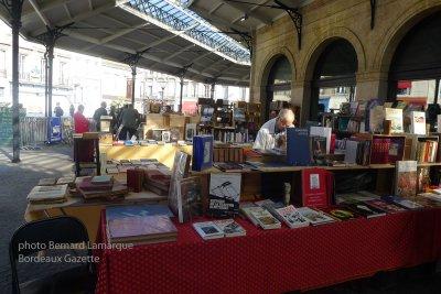 le marché des bouquinistes des Chartrons