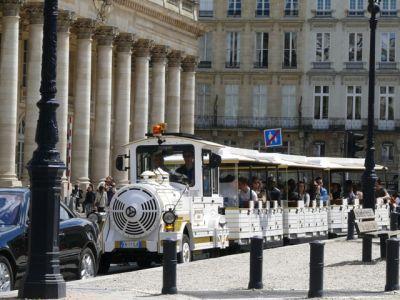 Visiter Bordeaux en petit train