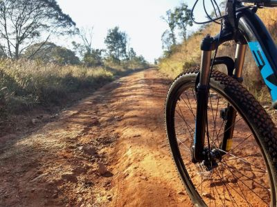 Criss-cross the Gard by mountain bike