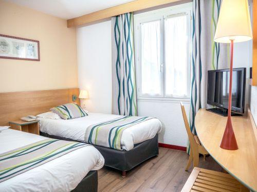 Chambre twin Hotel Uzes Pont du Gard 1