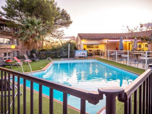 Hotel Restaurant Uzes Pont du Gard 2 1