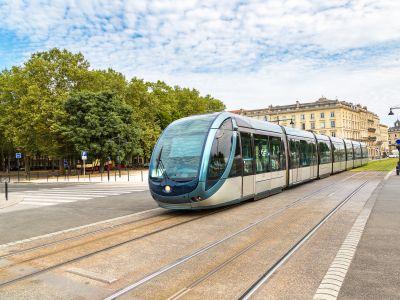 Bordeaux en tram  : De la Gare aux Chartrons