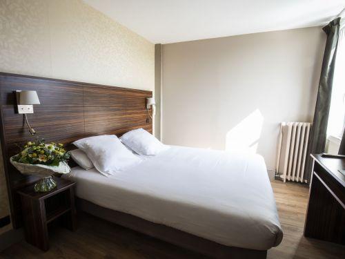 2020 09 Hotel Les Sables dOr Chambre 114 2