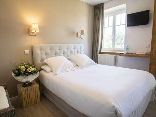 2020 09 Hotel Les Sables dOr Chambre 205 2
