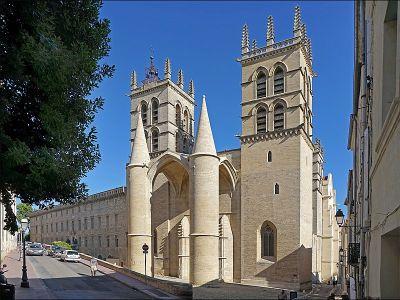 800px La basilique cathedrale Saint Pierre Montpellier 27572796693
